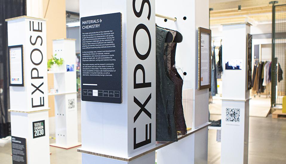 Utställningsmoduler i re-board, Exposé